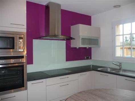 revetement adhesif pour meuble de cuisine décoration revetement pvc plafond salle de bain
