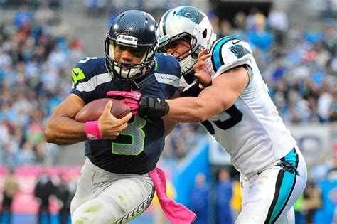 seahawks  panthers nfl game capsule cat scratch reader