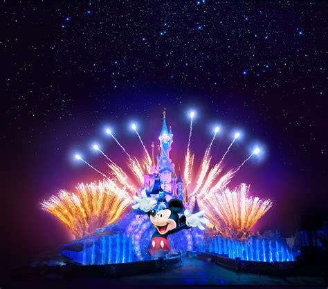 Disneyland Light Show by Disneyland Turns 25 And The Celebrations Are Epic