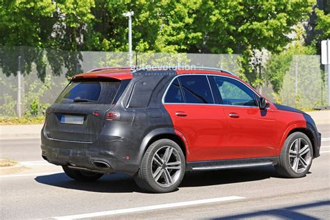 The site owner hides the web page description. 2019 Mercedes-Benz GLE 350 d or 400 d With AMG Line Body Kit Spied - autoevolution