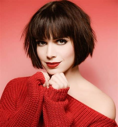 chic short bob haircuts  balance  face shape