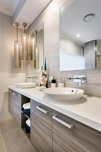 Design interieur agreable et moderne pour cette jolie for Salle de bain design avec boules lumineuses décoratives
