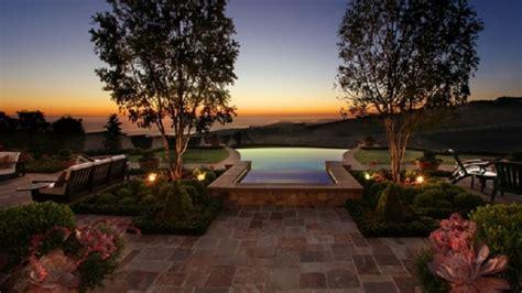 top   beautiful backyards  usa top inspired