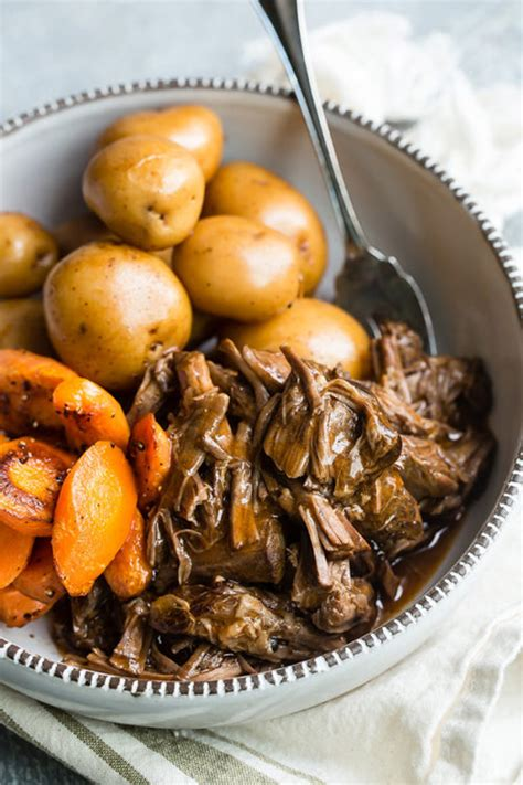 roast pot pressure cooker fashioned gravy potatoes beef carrots cooking thickener