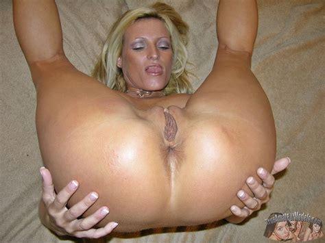Mature Amateur Milf Modeling Nude