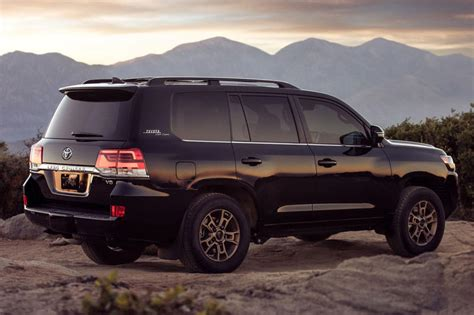 Toyota Debuts 2020 Land Cruiser Heritage Edition | HYPEBEAST