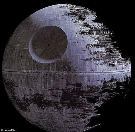 Nasa Spots Real-life Death Star Pulverising A Planet 570