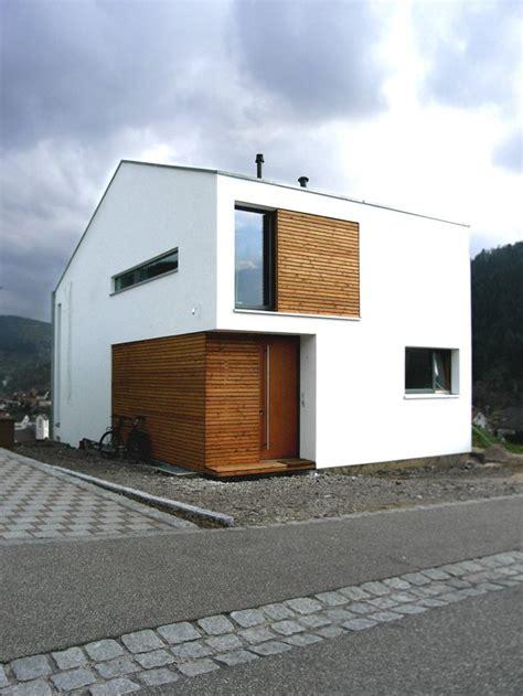 Moderne Schmale Häuser by Wohnhaus Klumpp Weisenbach H Fassade Haus Wohnhaus