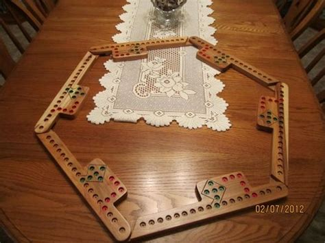pattern  pegs  jokers game board  goofy  lumberjockscom woodworking community
