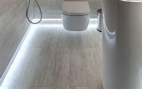 led plinthe cuisine choisir éclairage led salle de bain