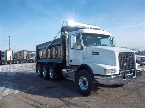 volvo truck dealership toronto truck dealers volvo truck dealers canada