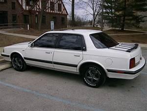 File Rear 1990 Oldsmobile Cutlass Ciera Jpg