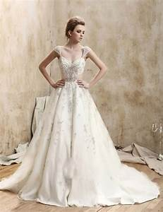 looking stunning with vintage lace wedding dresses With antique wedding dresses