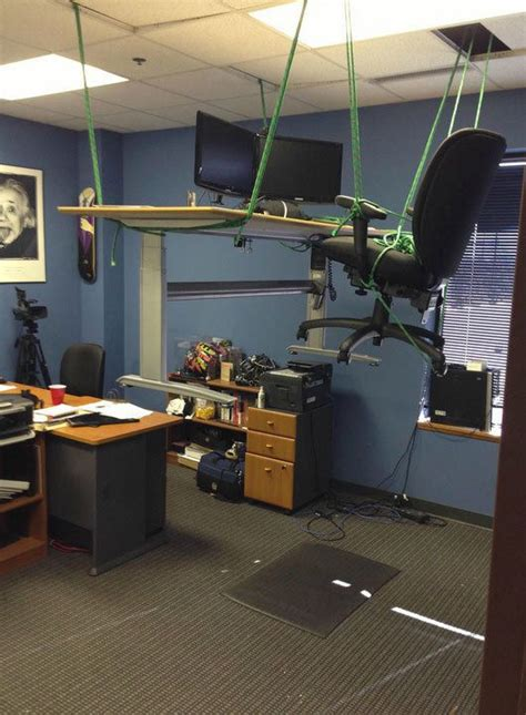 40 hilarious office pranks at places where you don t want to work neatorama