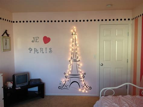 lit eiffel tower for my 39 s themed room themed 39 s bedroom