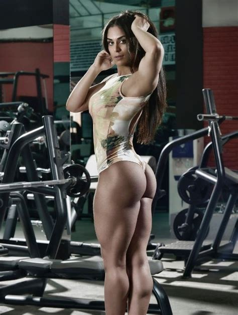 Juicy Muscular Amazon Goddess Body Of Paraguayan Fitness