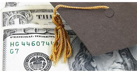 benefits  earning  college degree