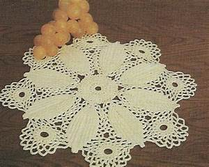 Eight Leaf Doily 18 U0026quot  Diameter Digest Size Crochet Pattern