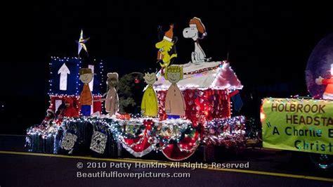 charlie brown  mas christmas  parade float ideas