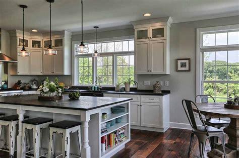 35+ Amazingly Creative And Stylish Farmhouse Kitchen Ideas