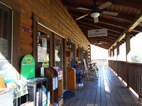Cabin Rentals Near Sevierville Tn by Sevierville Tennessee Cabin Rentals