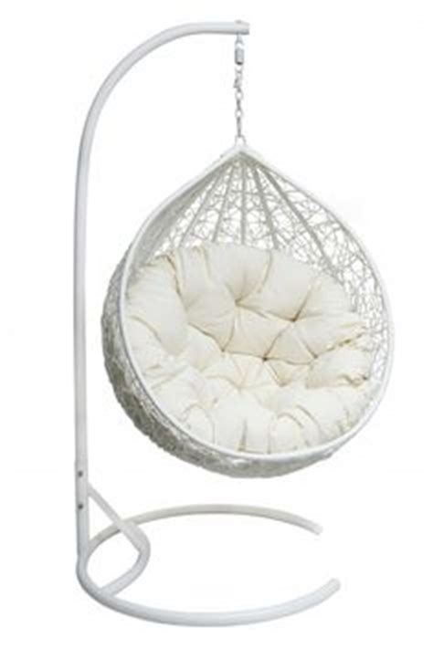 egg shaped hanging papasan chair 1000 ideas about hanging egg chair on egg