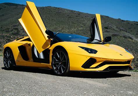 lamborghini aventador s roadster hire hire lamborghini aventador s roadster rent lamborghini aventador s roadster aaa luxury