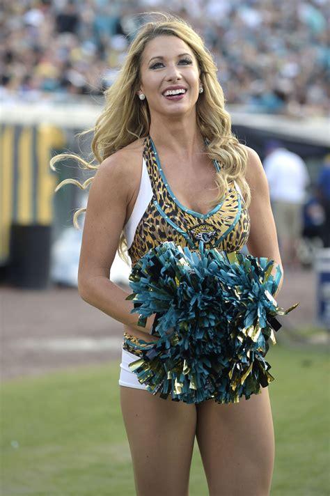 Rams cheerleaders | tampa bay buccaneers cheerleaders | tennessee titans cheerleaders. Photos: Cheerleaders | Galleries | tucson.com