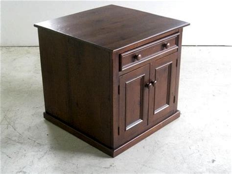 Square Old Pine Buffet Liquor Cabinet 2 Car Garage Floor Plans Ada Restroom Split Level Plan Beach House How To Draw A Online Modified Bi St Regis Residences Open Country