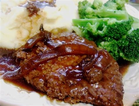 cube steak recipes crock pot melt in your mouth cube steak and gravy recipe food com