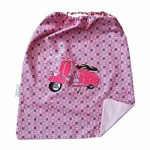 Serviette De Table Cantine : cadeau enfant la serviette de table avec lastique ~ Teatrodelosmanantiales.com Idées de Décoration