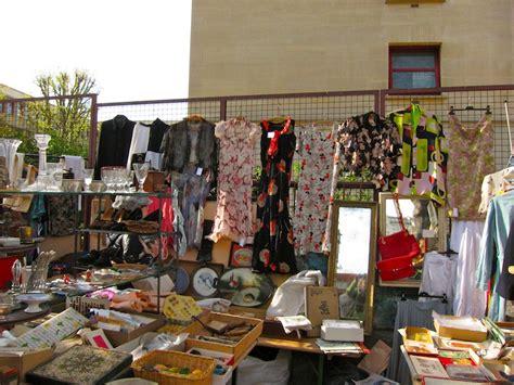 best flea market the marche aux puces de la porte de vanves sweet leisure
