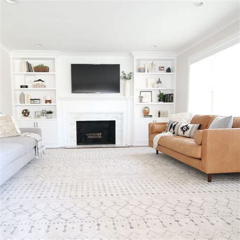 finding  extra large coffee table   living room