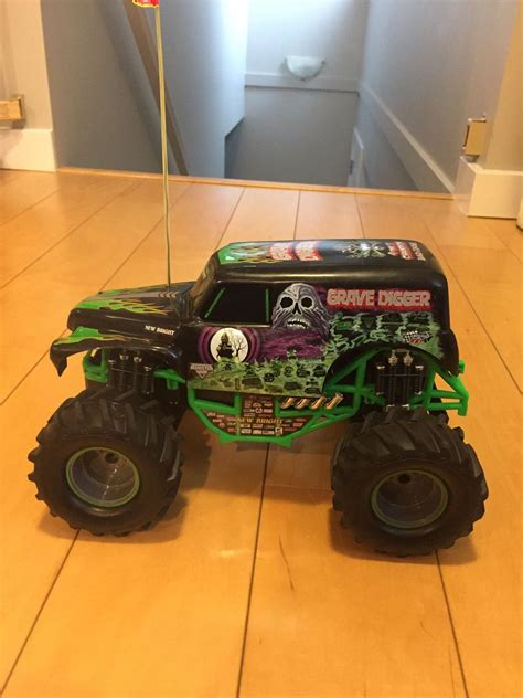 grave digger monster truck for sale find more grave digger remote monster truck for sale at up