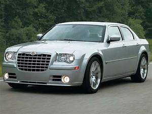 Chrysler 300c Prix : chrysler 300 c srt 8 essais fiabilit avis photos prix ~ Maxctalentgroup.com Avis de Voitures