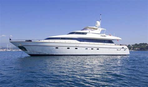 Used Boats For Sale Ta Area by 1998 Mangusta 86 Flybridge Power New And Used Boats For Sale