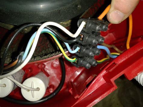 cablage electrique cuisine vmc changer condensateurs