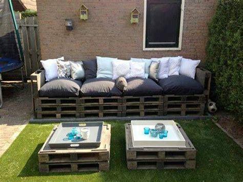 le bon coin canapé faire un salon de jardin en palette deco cool