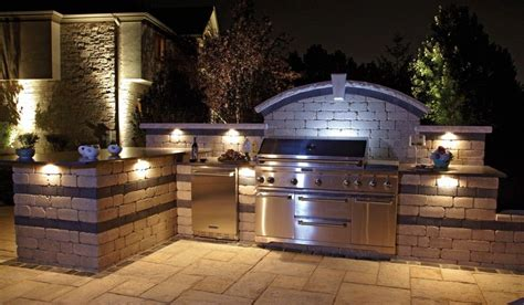 Outdoor Kitchen Backsplash by Tremendous Bbq Outdoor Kitchen Islands With Tumbled