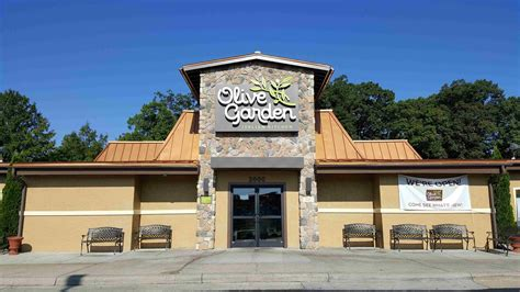 olive garden greensboro triad olive garden restaurants get makeovers greensboro