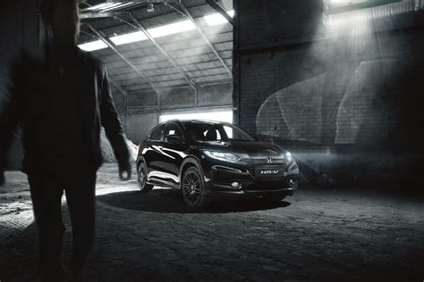 Honda Hrv Backgrounds by Honda Introduces Hr V Black Edition In The Uk From 163 25 000
