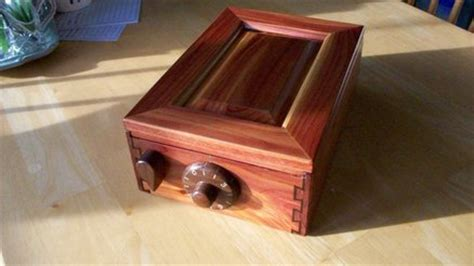 box  mechanical wooden combination lock  mls