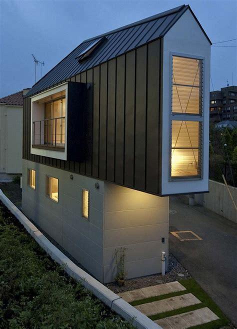 Moderne Schmale Häuser by Das Schmale Horinouchi Haus Design Schmales Haus
