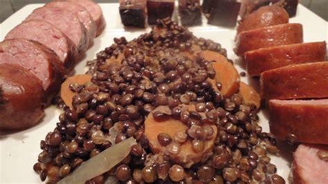 cuisiner la saucisse de morteau saucisses aux lentilles