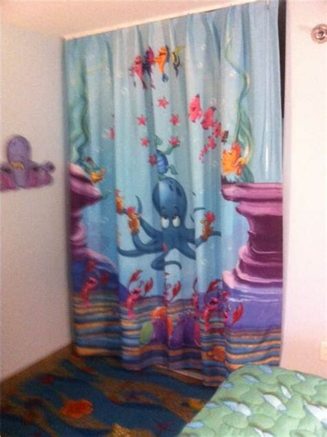 photo tour of standard mermaid rooms at disney s
