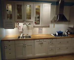 File:Kitchen design at a store in NJ 5 jpg - Wikimedia Commons