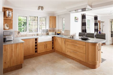 kitchens with light oak cabinets solid wood kitchen cabinets 8795