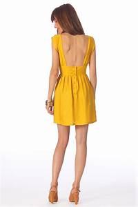 les 25 meilleures idees de la categorie robes dos nus sur With robe jaune la la land