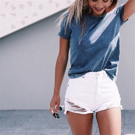 7 stylish white shorts outfits to wear this summer - myschooloutfits.com