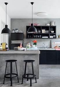 La cuisine ouverte ose le noir pour se faire deco for Deco cuisine avec salle À manger contemporaine grise